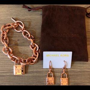 M. Kors Ro. Gold set (bracelet, earrings),MKPouch